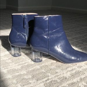 Chic Zara blue patent leather w/ blue lucite heel